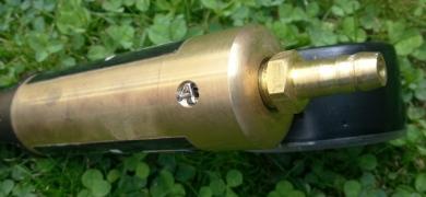 underside quick release valve
