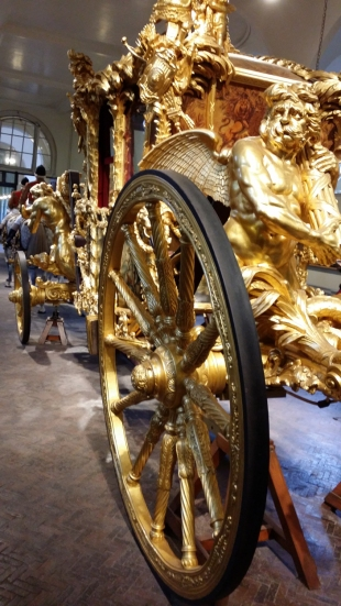 royalmews13