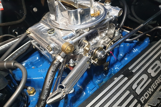 This image has an empty alt attribute; its file name is billet-throttle-rod-28.jpg
